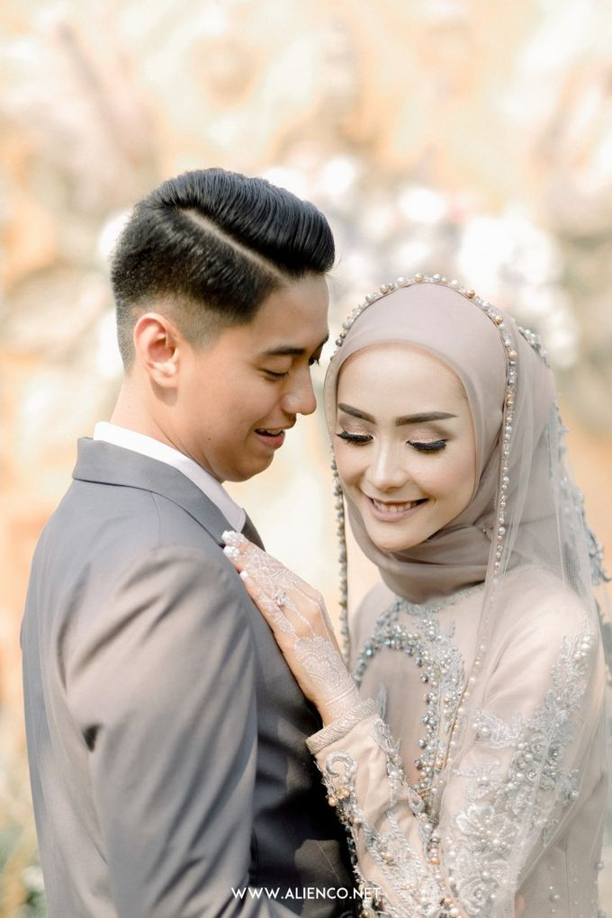 The Wedding Of Melly & Wisnu by alienco photography - 020