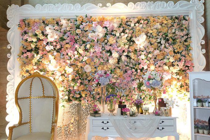 The Wedding of Adrian Silviany - Kempinski bali Room by The Swan Decoration - 019