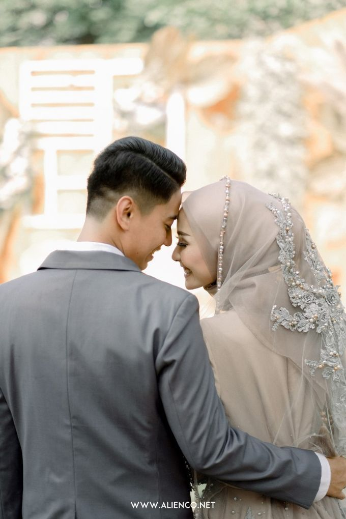 The Wedding Of Melly & Wisnu by alienco photography - 022