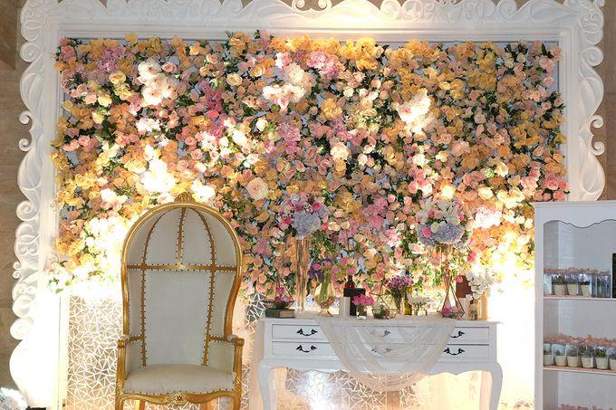 The Wedding of Adrian Silviany - Kempinski bali Room by The Swan Decoration - 024