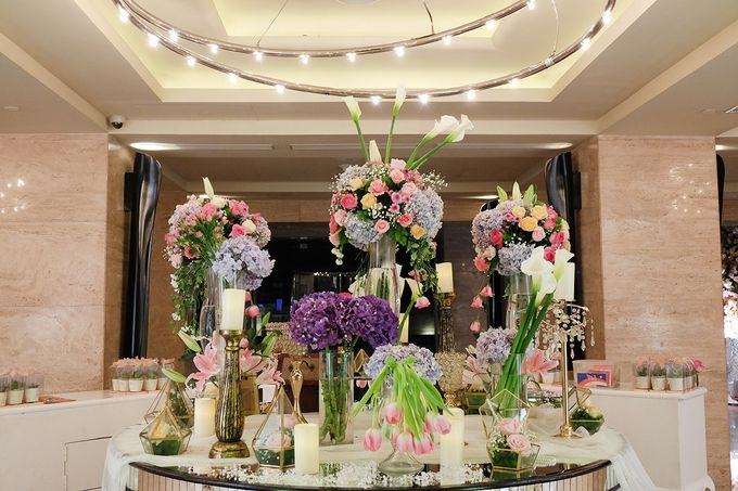 The Wedding of Adrian Silviany - Kempinski bali Room by The Swan Decoration - 049