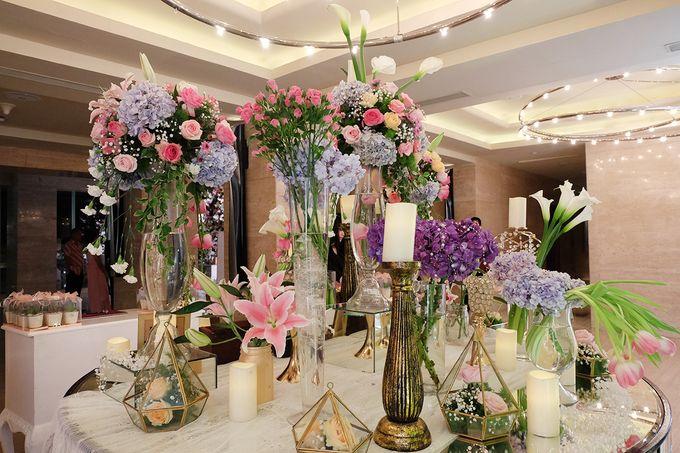 The Wedding of Adrian Silviany - Kempinski bali Room by The Swan Decoration - 045
