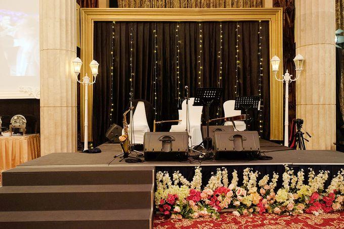 The Wedding of Adrian Silviany - Kempinski bali Room by The Swan Decoration - 035