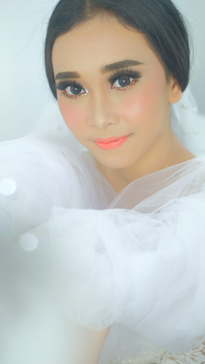 Ms. Ajeng by csmakeuparts - 003