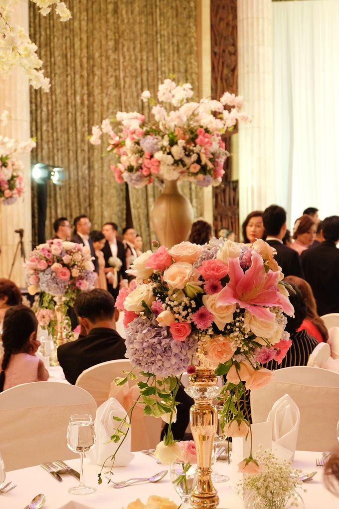 The Wedding of Adrian Silviany - Kempinski bali Room by The Swan Decoration - 003