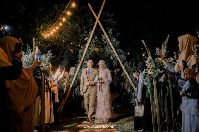 The Wedding Of Melly & Wisnu by alienco photography - 025