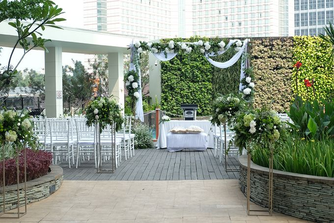 The Wedding of Raymond & Erika by The Swan Decoration - 005