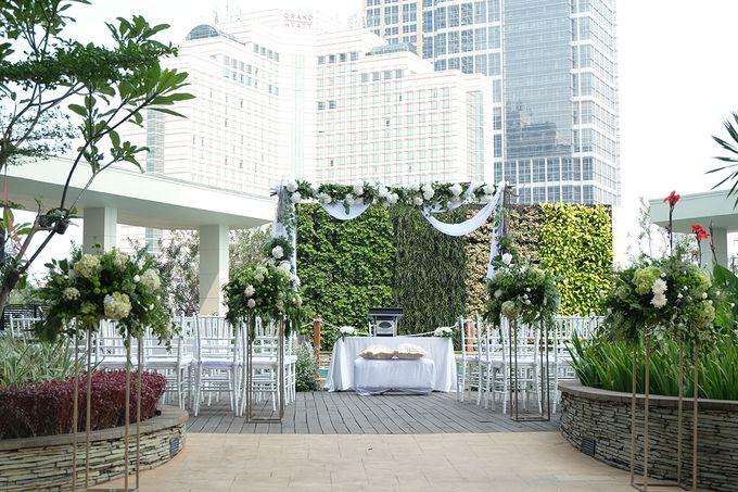The Wedding of Raymond & Erika by Mandarin Oriental, Jakarta - 006