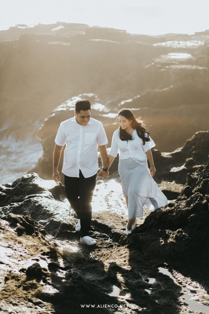The Prewedding Of Andrew & Dinar by alienco photography - 011