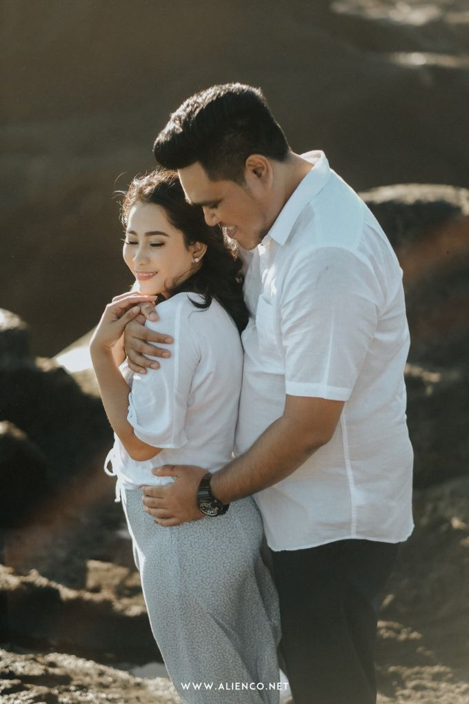 The Prewedding Of Andrew & Dinar by alienco photography - 012