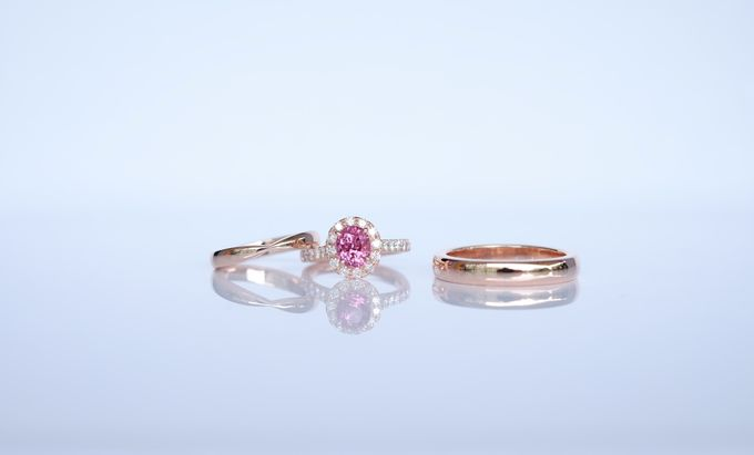 Seamless Wedding and Engagement Ring Set by Heritage Gems Singapore - 001
