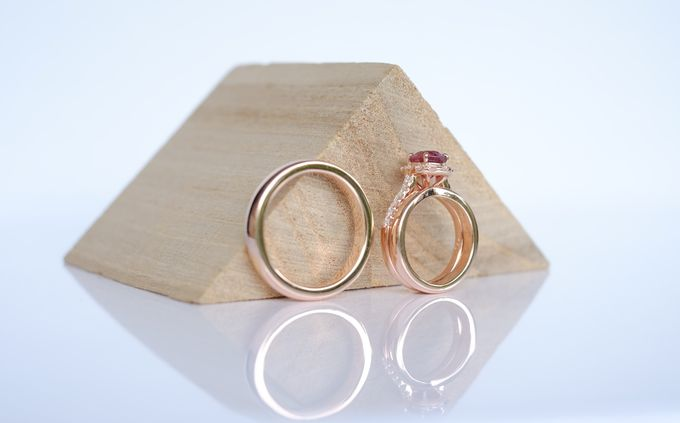 Seamless Wedding and Engagement Ring Set by Heritage Gems Singapore - 003