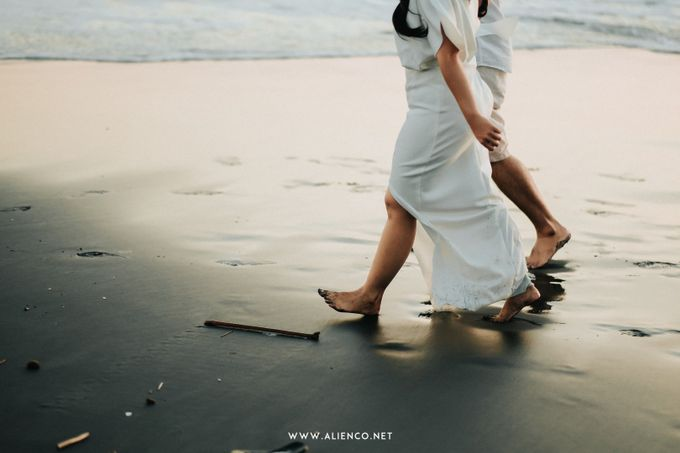 The Prewedding Of Andrew & Dinar by alienco photography - 015