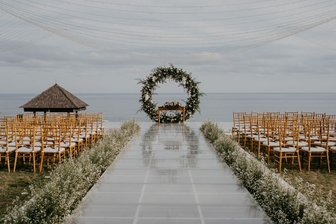Rustic & Modern Wedding with a hint of Navy at Sinaran Surga Villa Bali by Silverdust Decoration - 027
