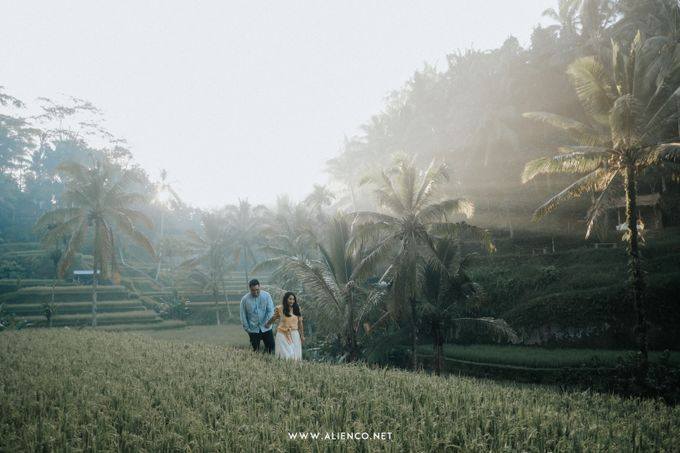 The Prewedding Of Andrew & Dinar by alienco photography - 018