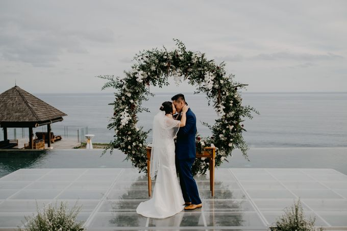Rustic & Modern Wedding with a hint of Navy at Sinaran Surga Villa Bali by Silverdust Decoration - 001