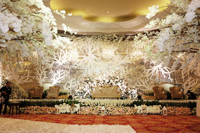 The Wedding of Ivan & Riri by The Swan Decoration - 009
