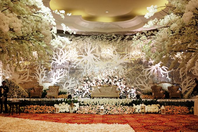 The Wedding of Ivan & Riri by The Swan Decoration - 010