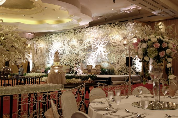 The Wedding of Ivan & Riri by The Swan Decoration - 019