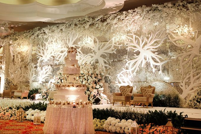 The Wedding of Ivan & Riri by The Swan Decoration - 020