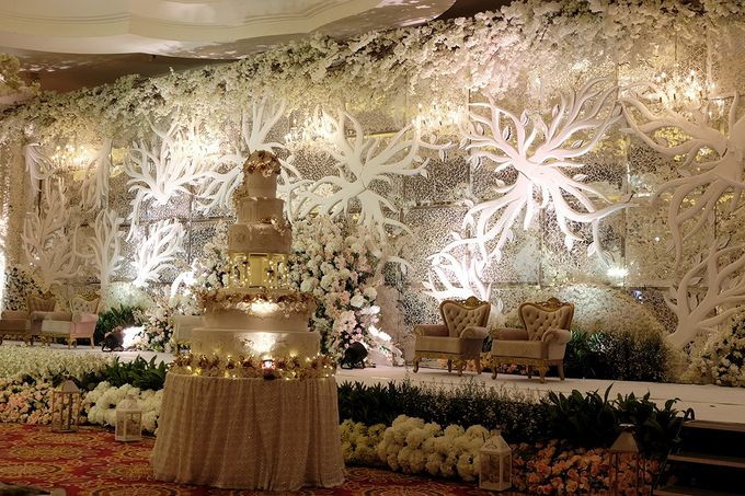 The Wedding of Ivan & Riri by The Swan Decoration - 021