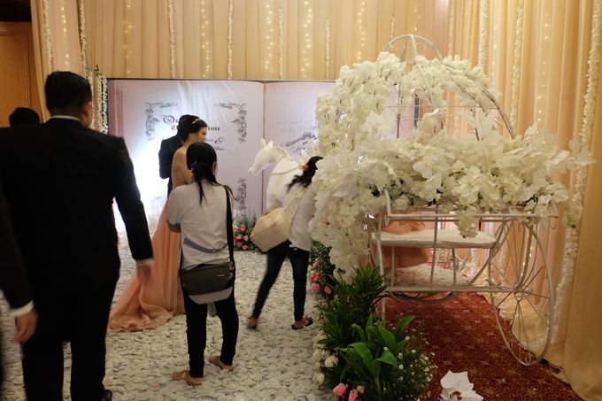 The Wedding of Ivan & Riri by The Swan Decoration - 001