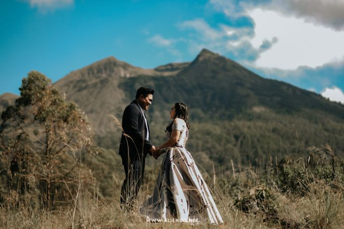 The Prewedding Of Andrew & Dinar by alienco photography - 024