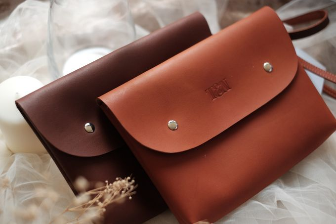 Pouch clutch by VAIA - 001