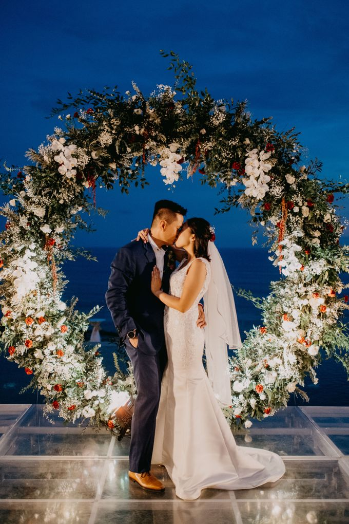 Rustic & Modern Wedding with a hint of Navy at Sinaran Surga Villa Bali by Silverdust Decoration - 002