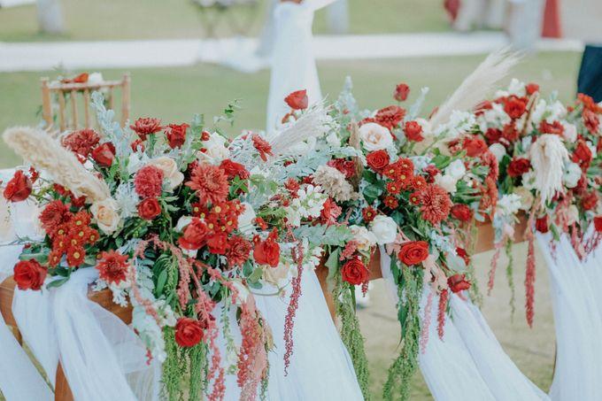 Celine and Paul Wedding at kempinski by Bali Flower Decor - 010