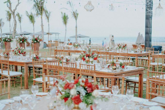 Celine and Paul Wedding at kempinski by Bali Flower Decor - 014