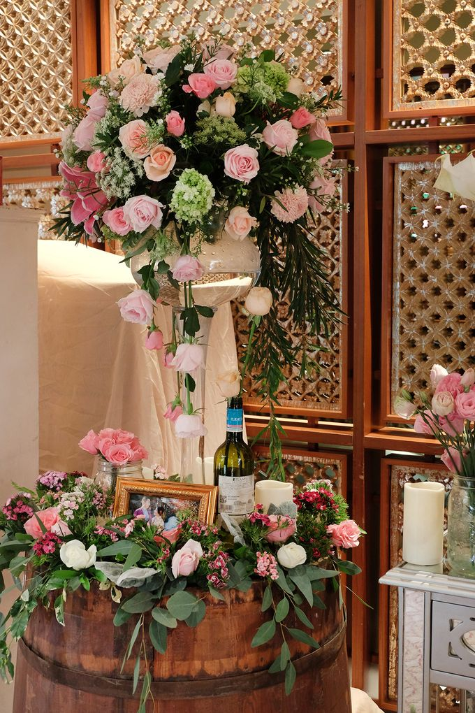 The Wedding of Rio & Melissa by The Swan Decoration - 001