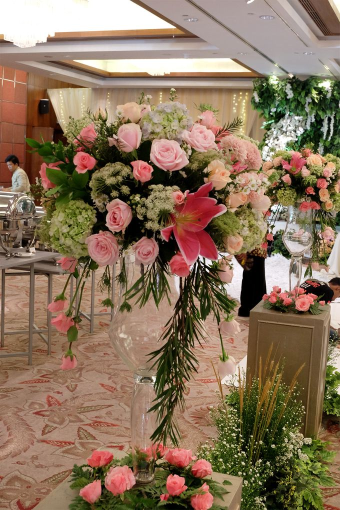 The Wedding of Rio & Melissa by The Swan Decoration - 003