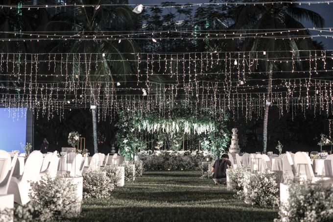 Rudi & Vina Wedding At Arya Duta Karawaci by GLOW LIGHT - 001