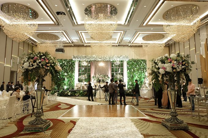 The Wedding of Priyanto & Angie by The Swan Decoration - 002