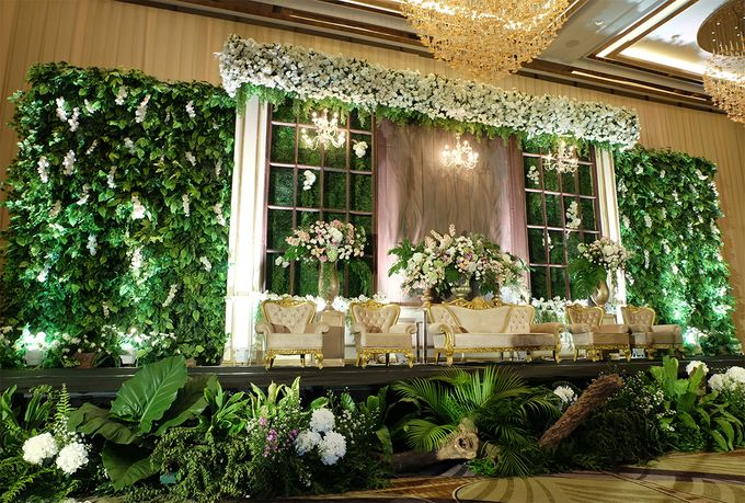 The Wedding of Priyanto & Angie by The Swan Decoration - 007