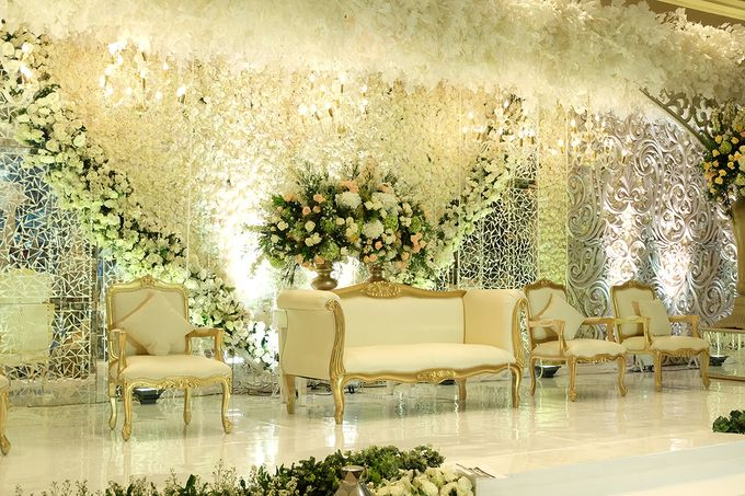 The Wedding of Rendy & Amanda by The Swan Decoration - 003