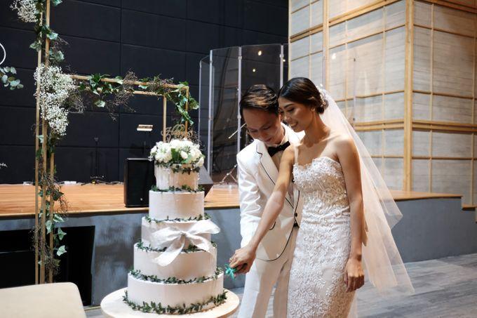Gaya Pernikahan ala Korea by Manuela Putri Design & Collection - 012