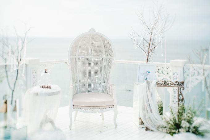 Elegant Wedding by Bali Izatta Wedding Planner & Wedding Florist Decorator - 001