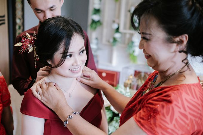 THE ENGAGEMENT OF LESLIE & MARSHA by Alluvio - 014