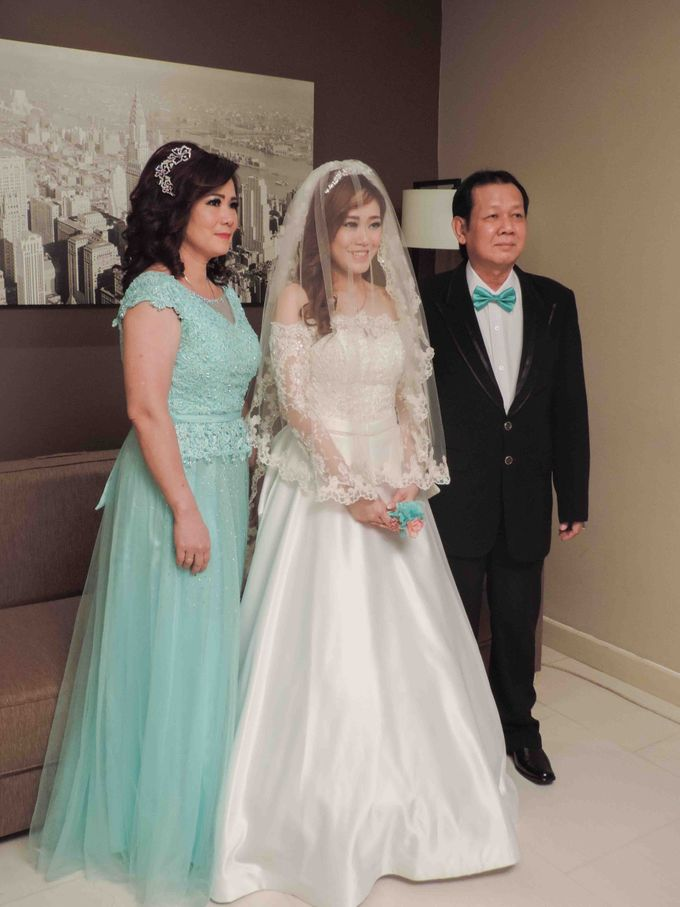 Wedding Of Martin And Micheline by Stephanie Amanda Couture - 002