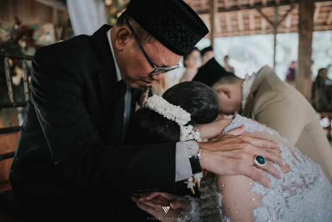 The Wedding Day of  Anggie Julio  by D'soewarna Planner & Organizer - 045