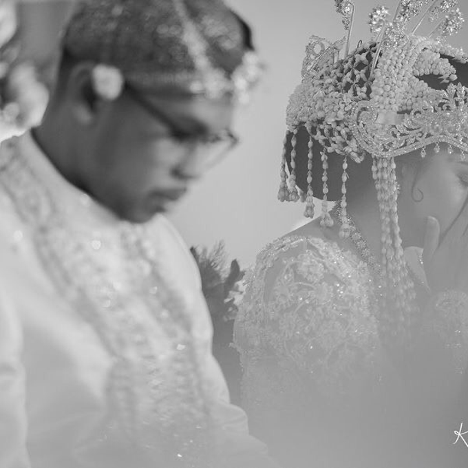 Acara Pernikahan Tiara & Irwindya  by D'soewarna Wedding Planning - 010