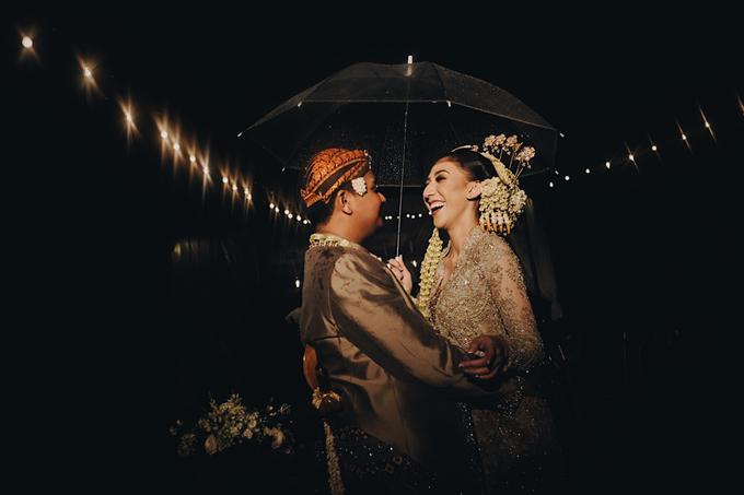Acara Pernikahan Okta Vida by D'soewarna Wedding Planning - 006