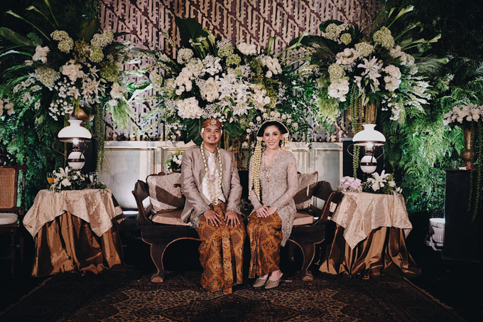 Acara Pernikahan Okta Vida by D'soewarna Wedding Planning - 009