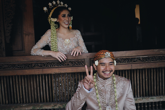 Acara Pernikahan Okta Vida by D'soewarna Wedding Planning - 019