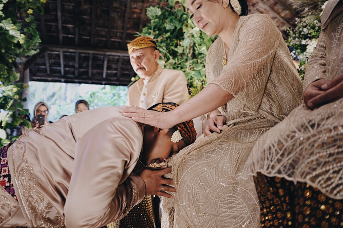 Acara Pernikahan Okta Vida by D'soewarna Wedding Planning - 026