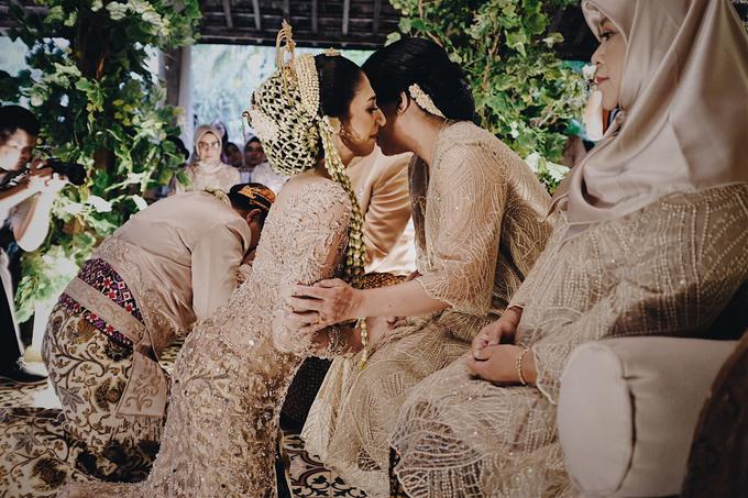 Acara Pernikahan Okta Vida by D'soewarna Wedding Planning - 027