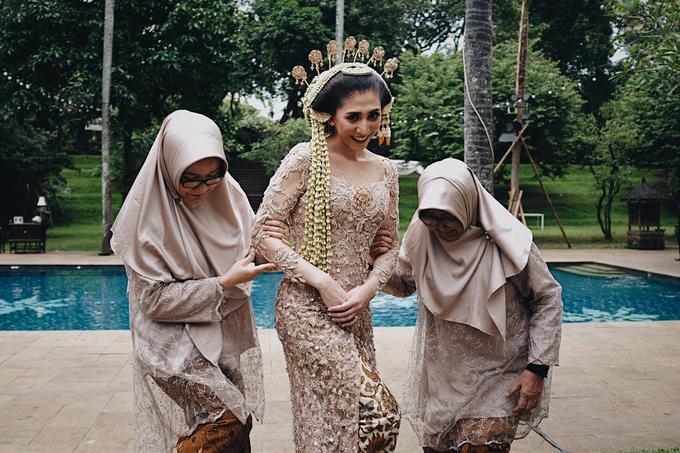 Acara Pernikahan Okta Vida by D'soewarna Wedding Planning - 036