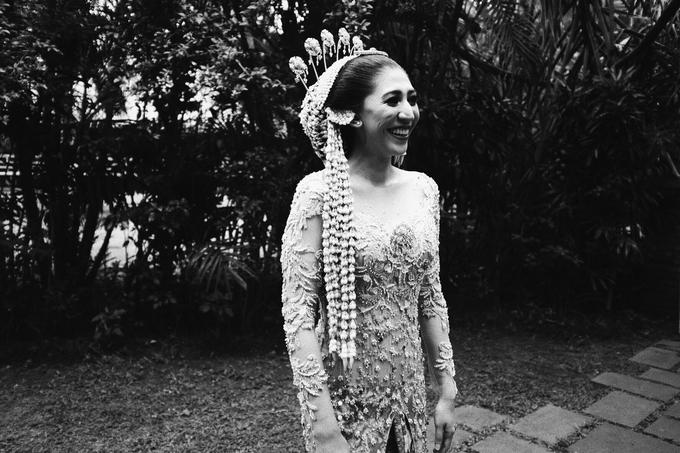 Acara Pernikahan Okta Vida by D'soewarna Wedding Planning - 040
